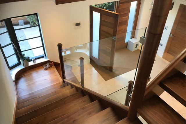 Handmade staircase carpenter brighton
